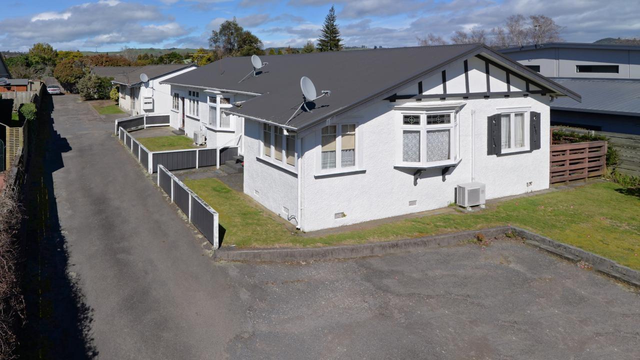 1 and 3/15 Larch Street, Rotorua