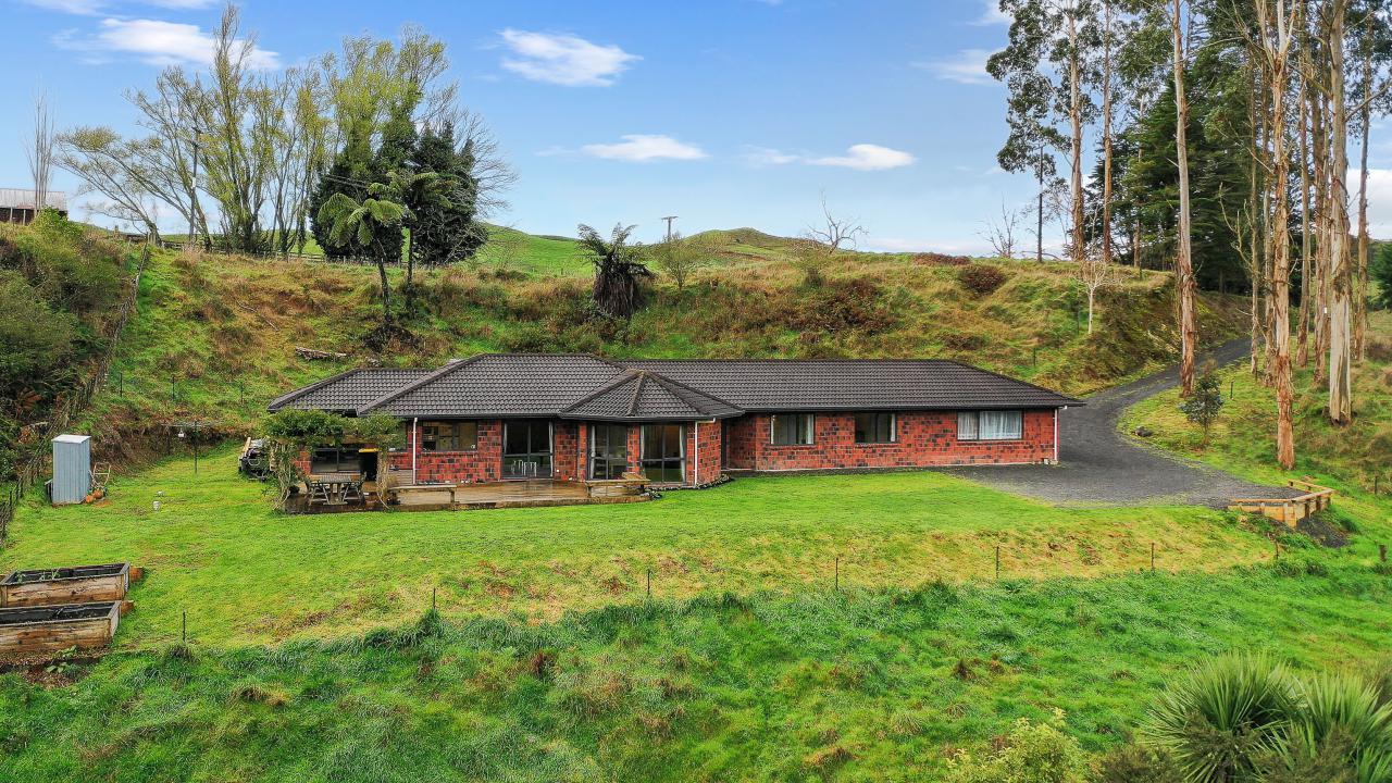 363 Limeworks Loop Road, Te Pahu