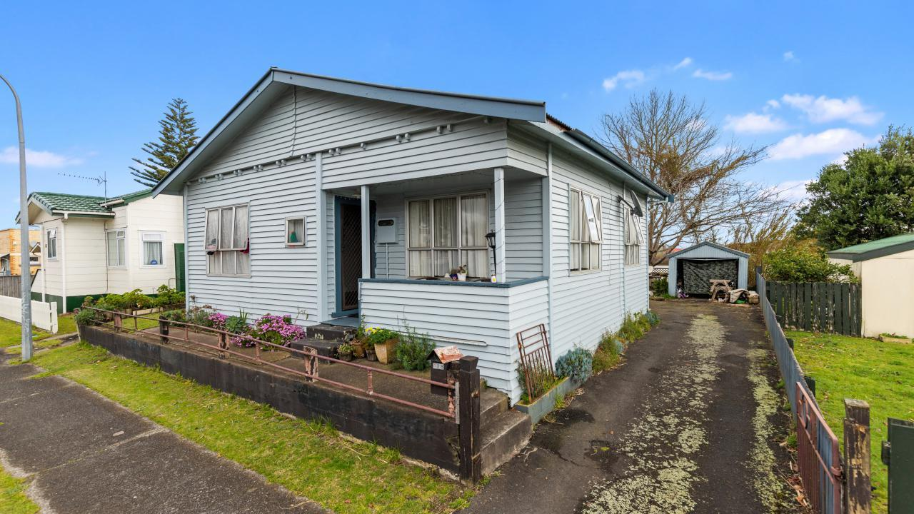 228 Great South Road, Huntly