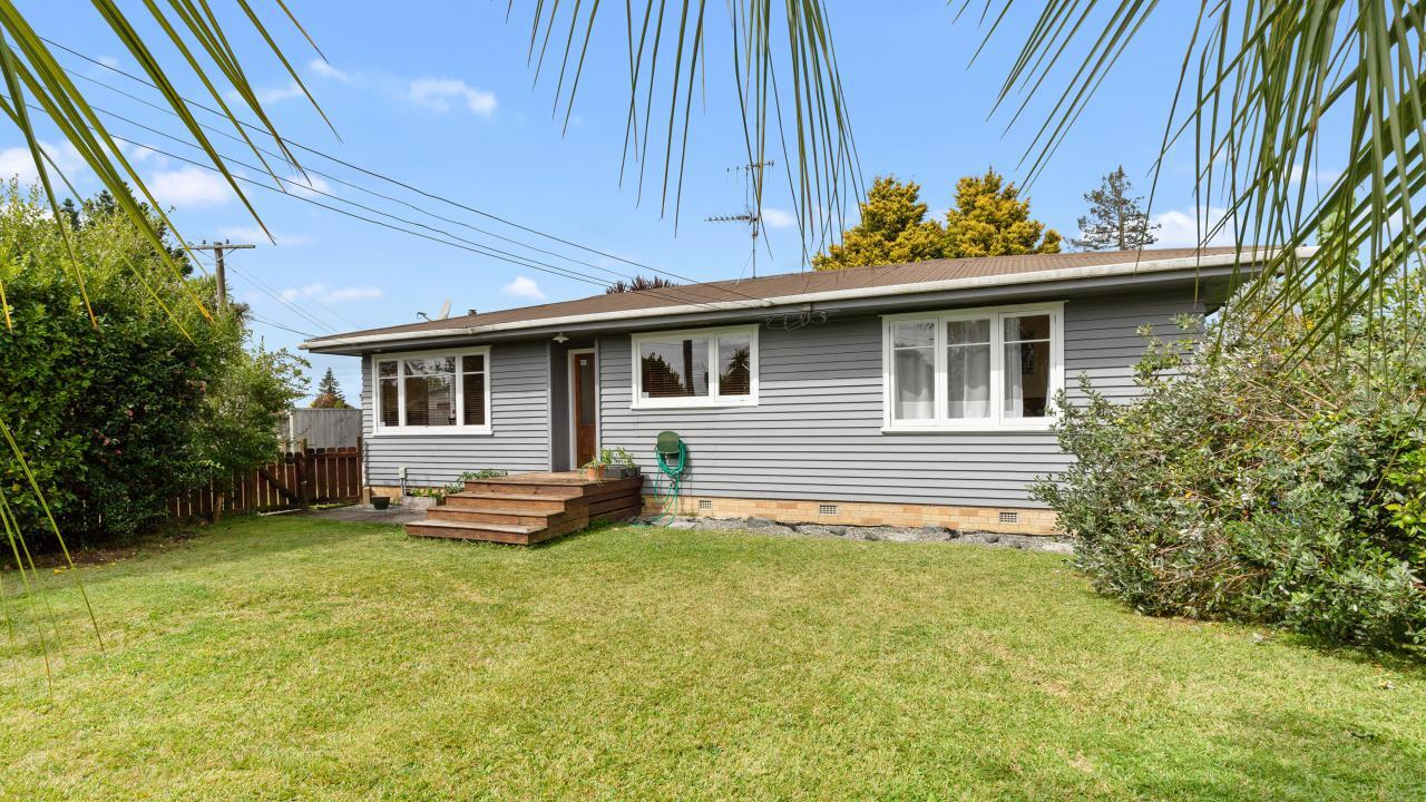 40 Tomin Road, Glenview