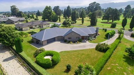 7 Silk Road, Matamata