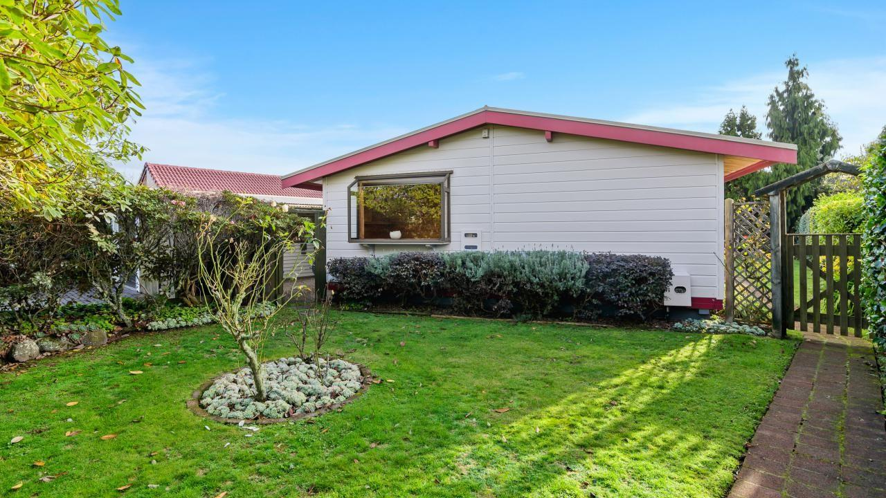 10 Orchard Place, Lynmore