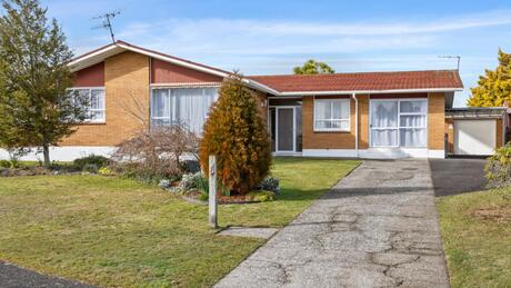8 Rameses Place, Pomare