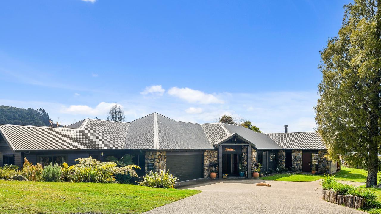 297 Spencer Road, Lake Tarawera