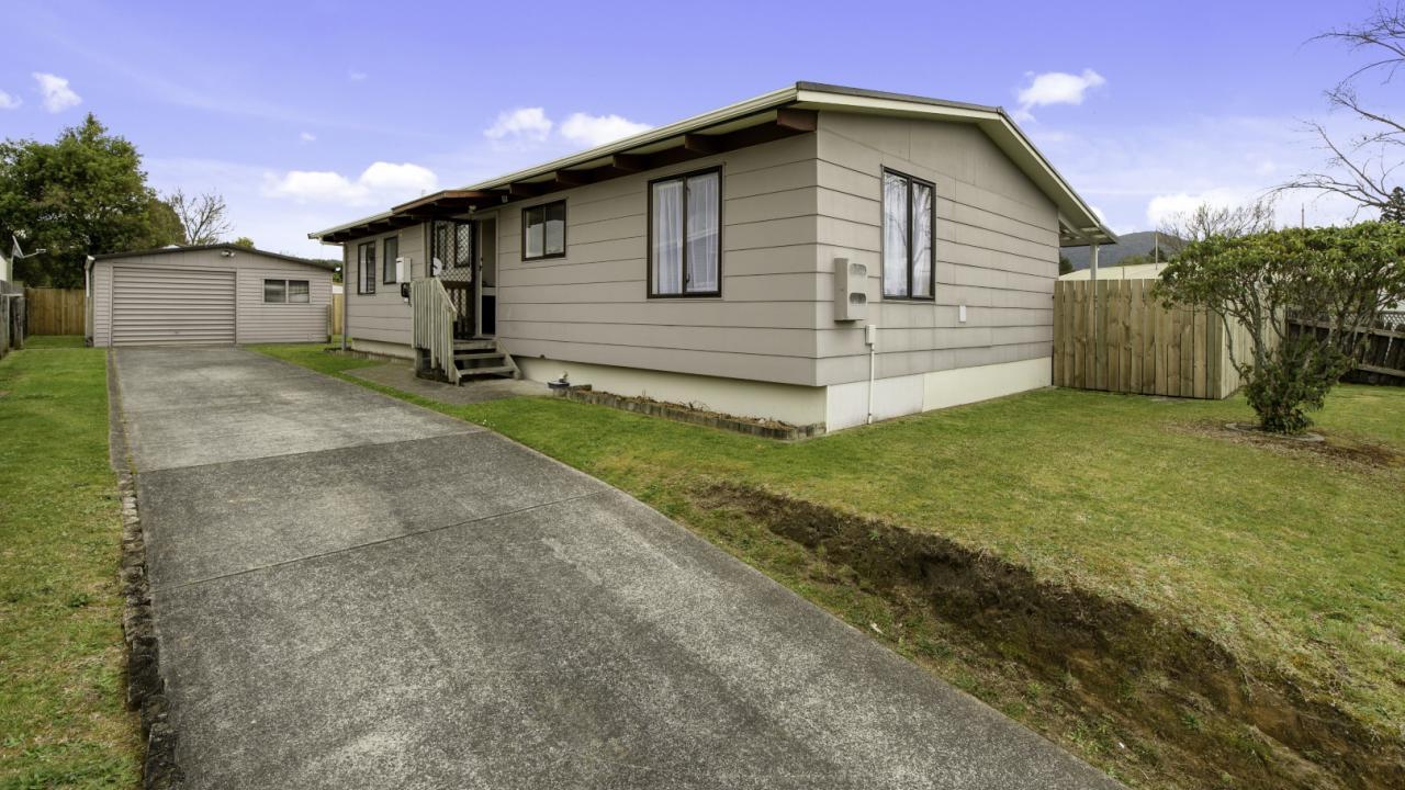 9 Thebes Street, Pomare