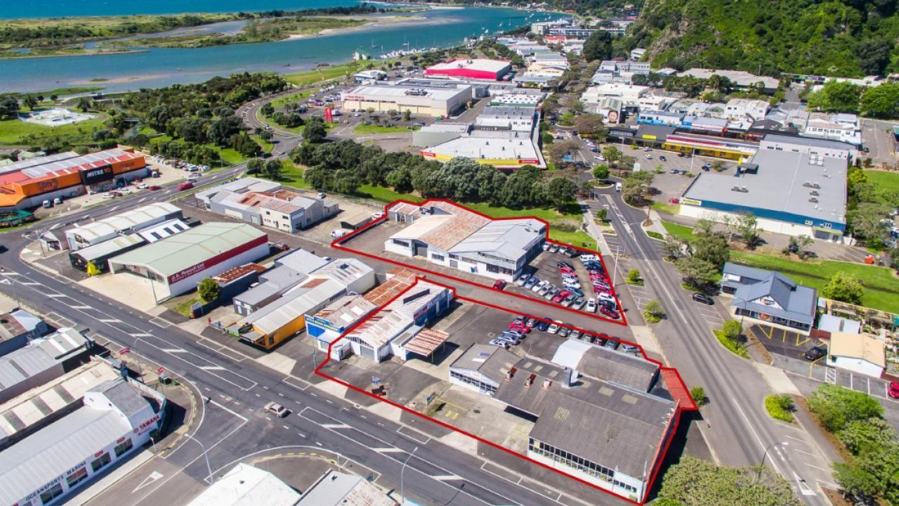 39-45 McAlister St and 266,268 and 270 The Strand, Whakatane