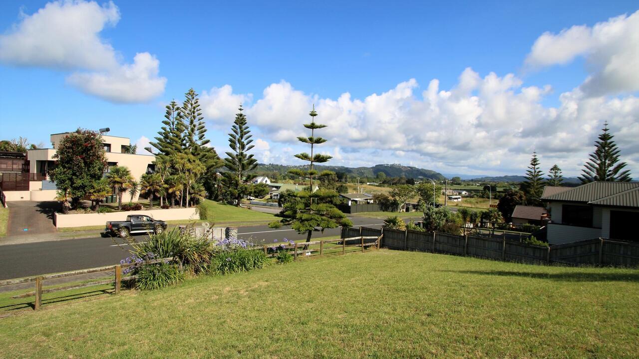 Lot 4 9 Ocean View Road, Coastlands