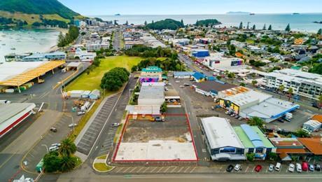 10 Rata Street and 37 Nikau Crescent, Mt Maunganui