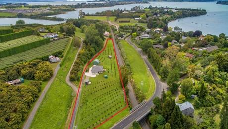 225B Plummers Point Road, Whakamarama