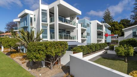 2/52 Cliff Road, Tauranga Central