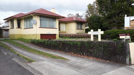 818 Cameron Road, Tauranga Central