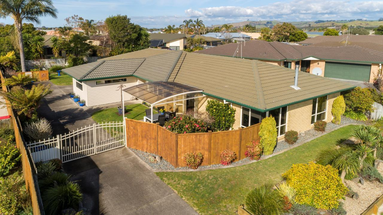 112 Pacific View Road, Papamoa Beach