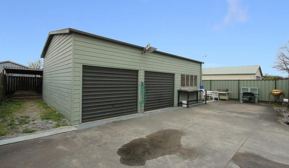 Man Cave Taupo : Freehold with big garaging rifle range road taupo