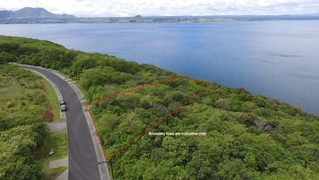 83 Parawera Drive, Acacia Bay