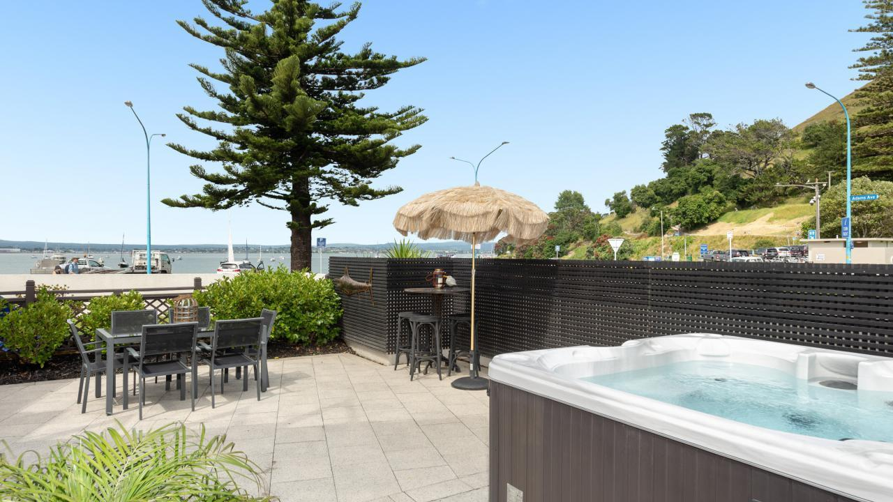 2/2 Adams Avenue, Mt Maunganui