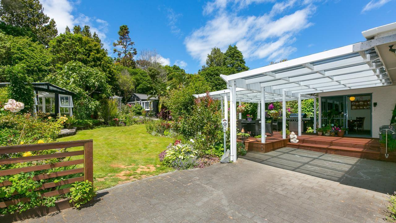 3 Burgess Hill Road, New Plymouth Area Surrounds