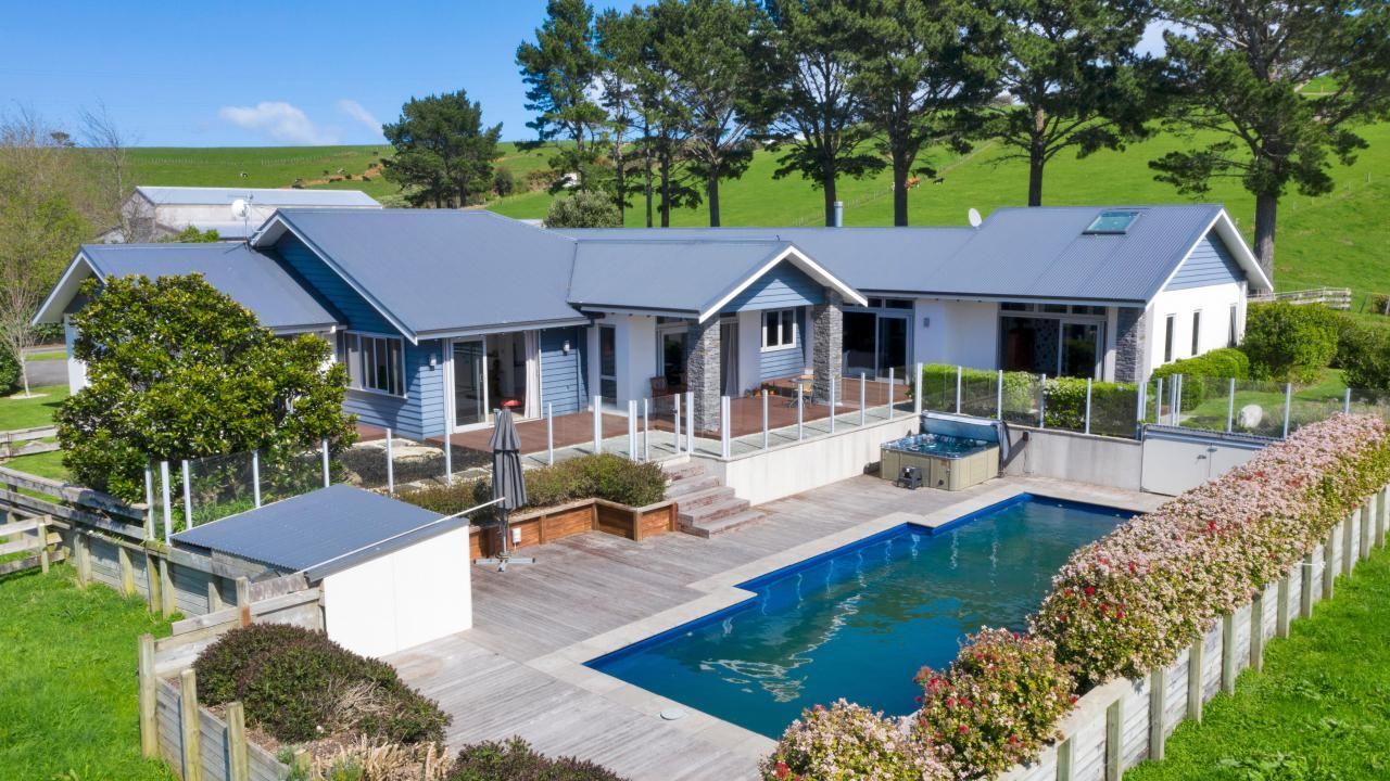 83 Clearview Road, Lepperton