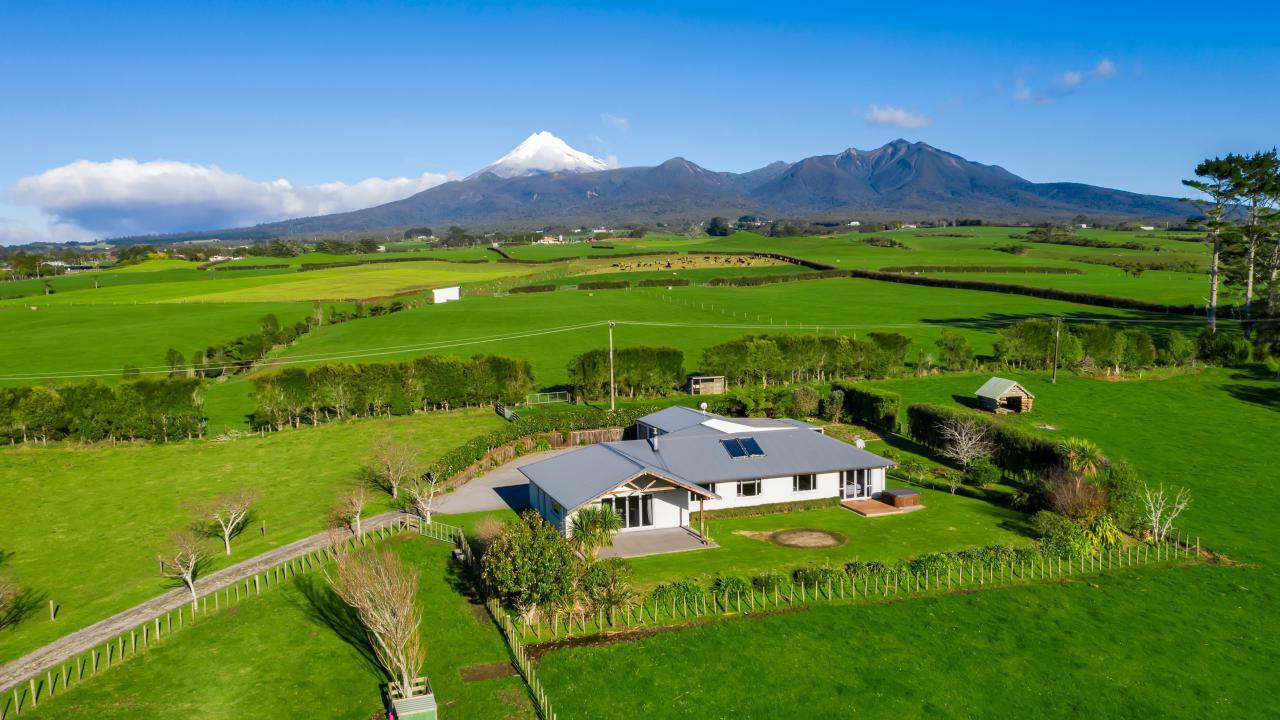 682 Hurford Road, New Plymouth Area Surrounds