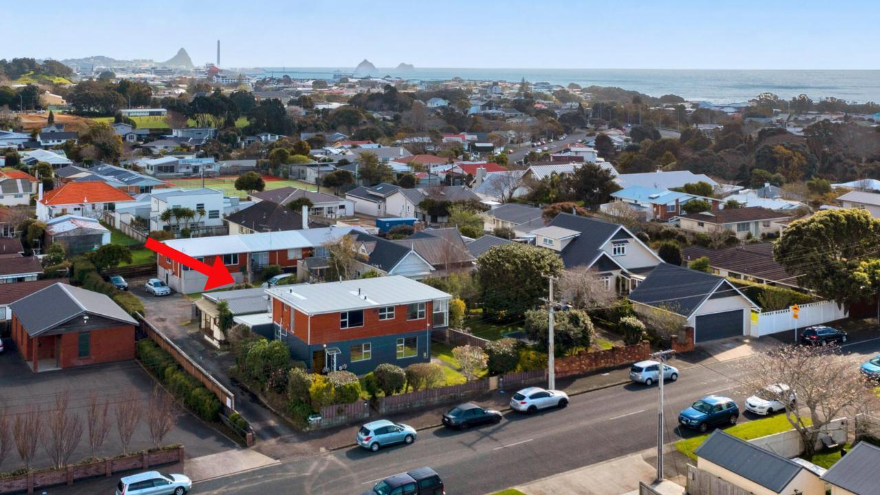 1and2/58 Paynters Avenue, Strandon