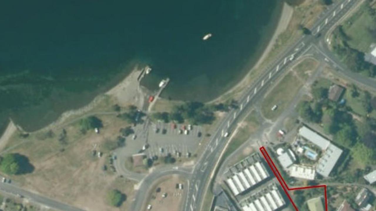 358 Lake Terrace, Two Mile Bay