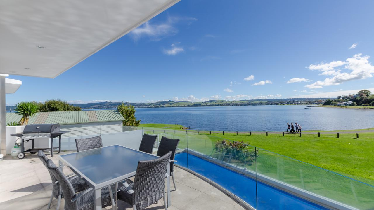 Additional photo for property listing at Simply the best Taupo, Nieuw-Zeeland
