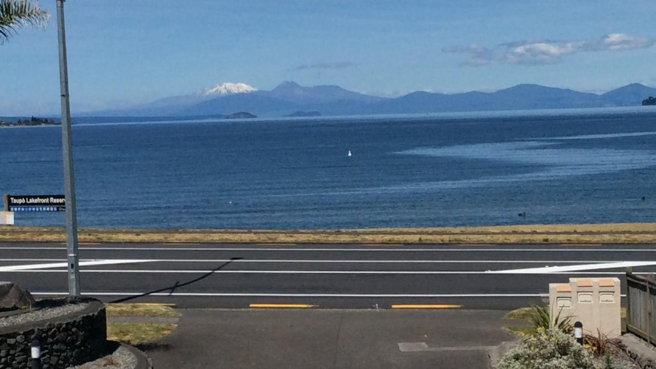 3/144 Lake Terrace, Taupo