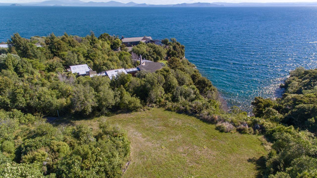 17 Whakamoenga Point, Acacia Bay
