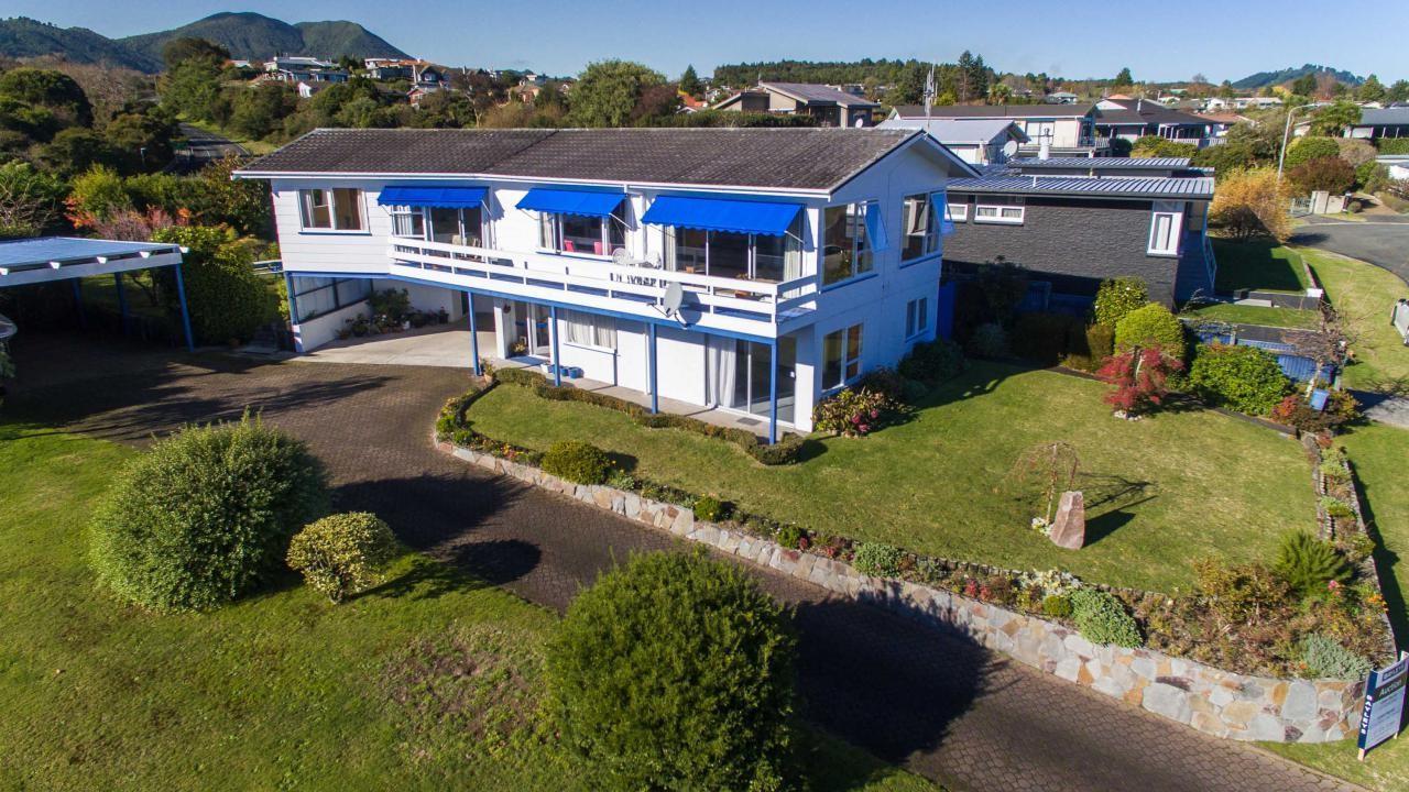 18 Hinerau Grove, Waipahihi