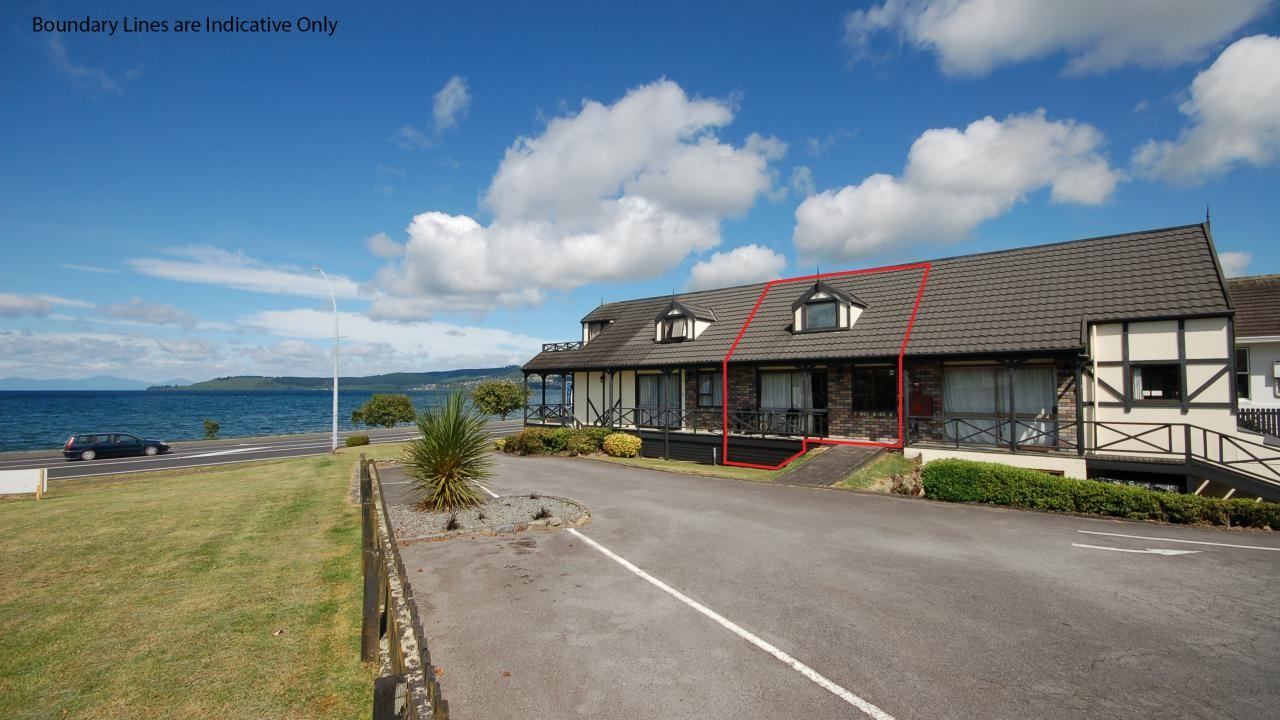 2/116 Lake Terrace, Taupo