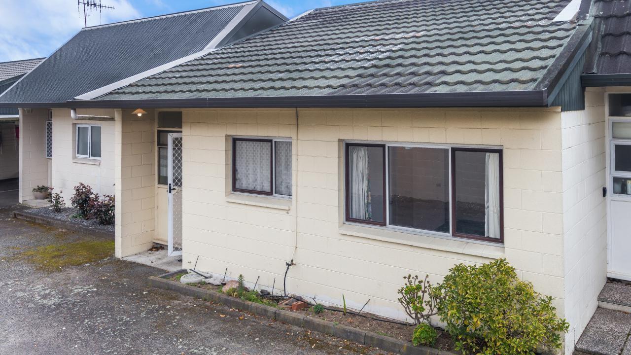 3/139 Heuheu Street, Taupo