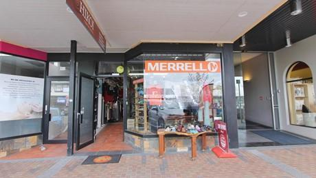 42 Heuheu Street, Taupo