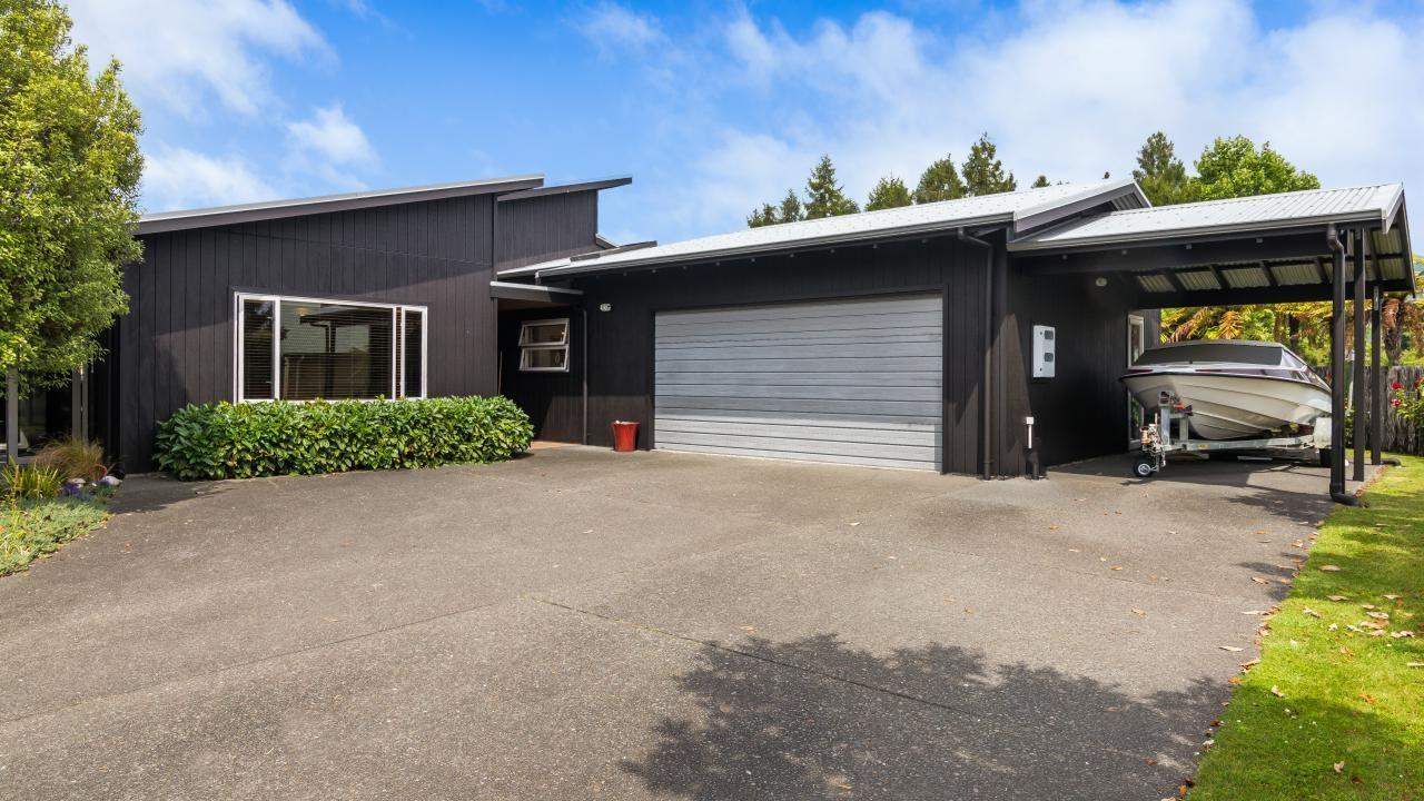 31 Lakemere Way, Kinloch