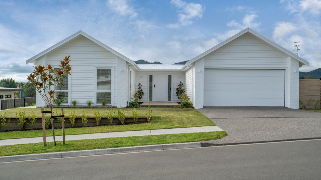 51 Botanical Heights Drive, Waipahihi