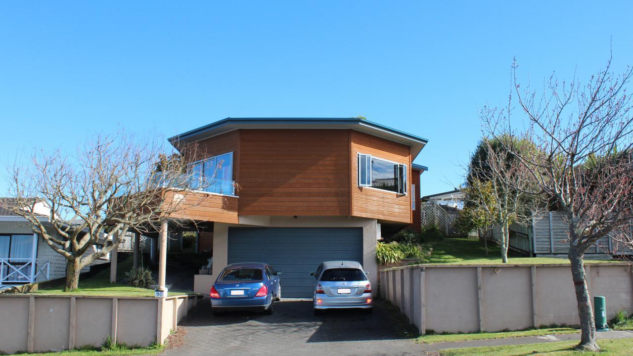 90 Lakewood Drive, Nukuhau
