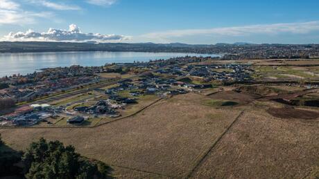 Stage 14, 584 Lake Terrace, Wharewaka