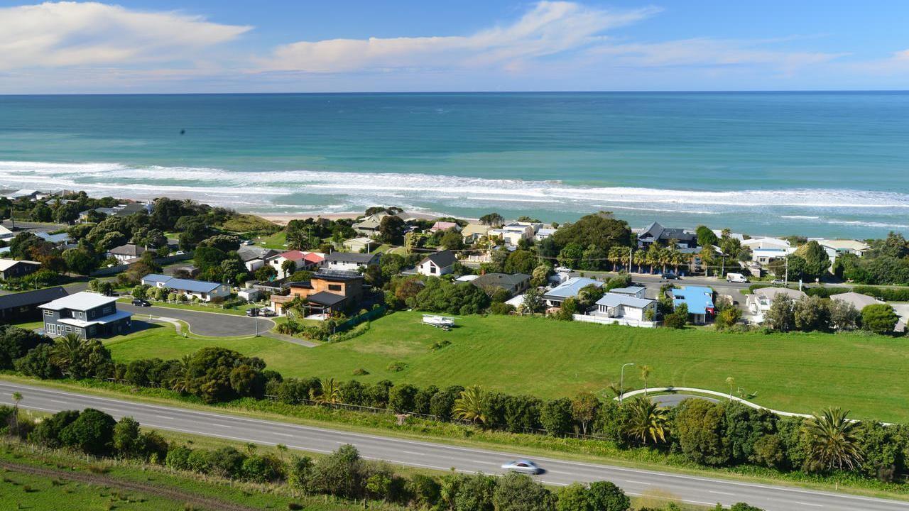 Beach Cove Wairere Road, Wainui Beach