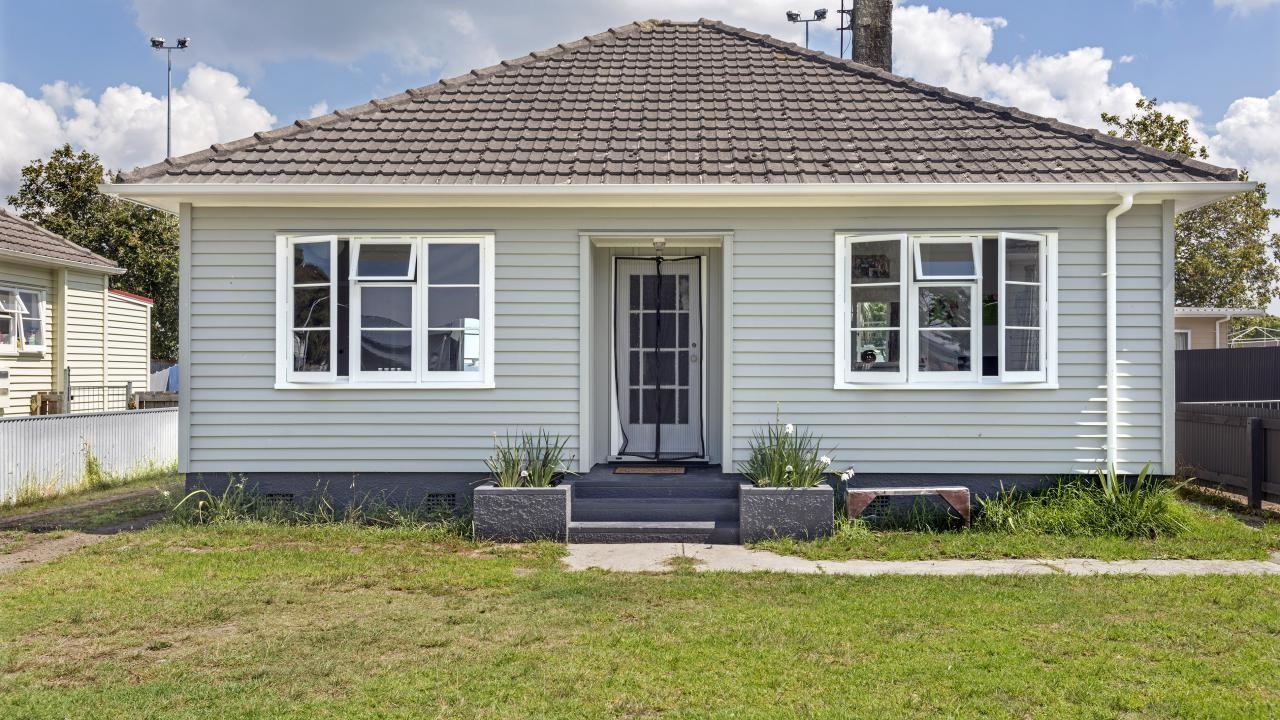 165 Roebuck Road, Gisborne