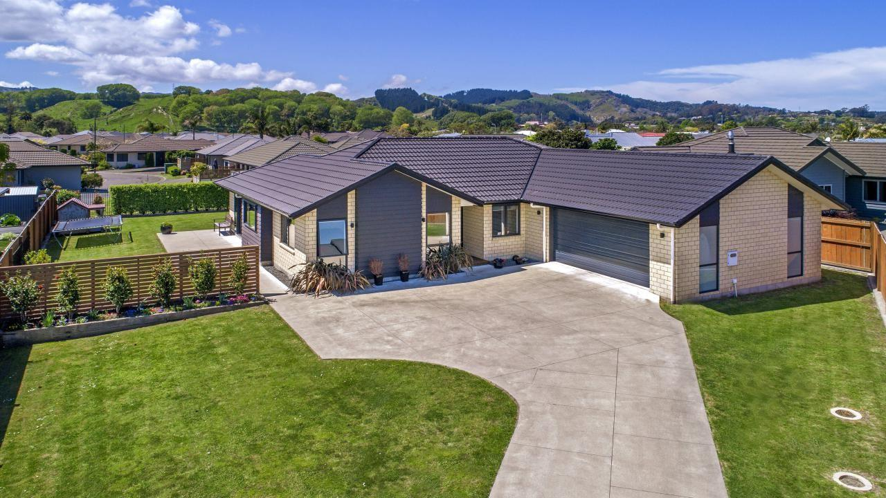 15 Fisher Place, Lytton West