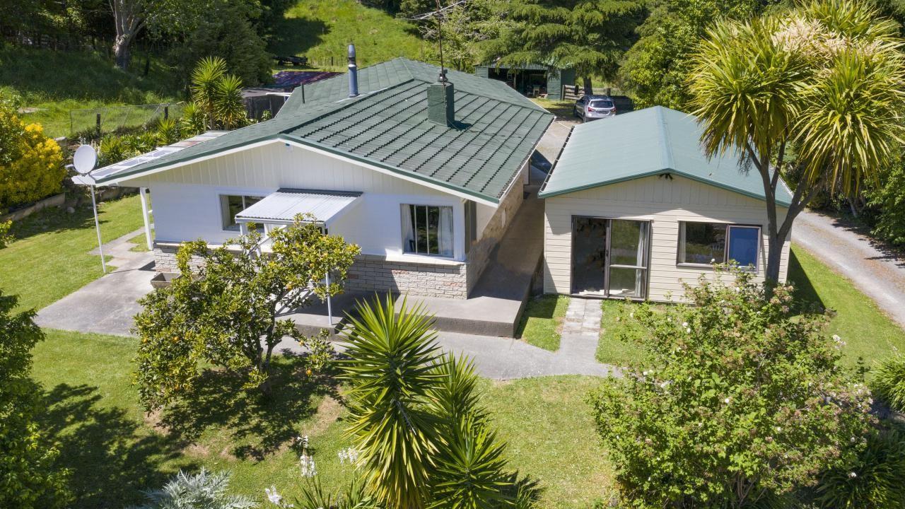 18 Tunanui Road, Morere