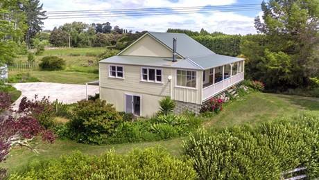 1376 Lavenham Road, Waipaoa