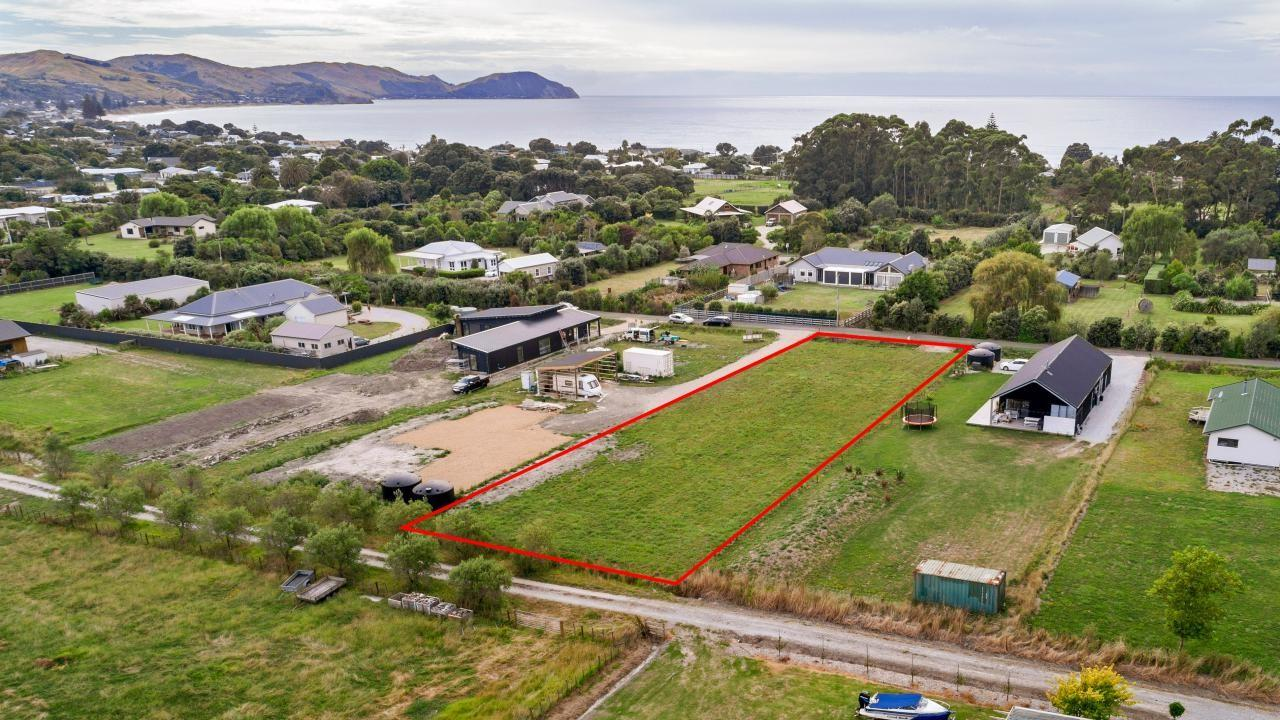 32C Lloyd George Road, Wainui