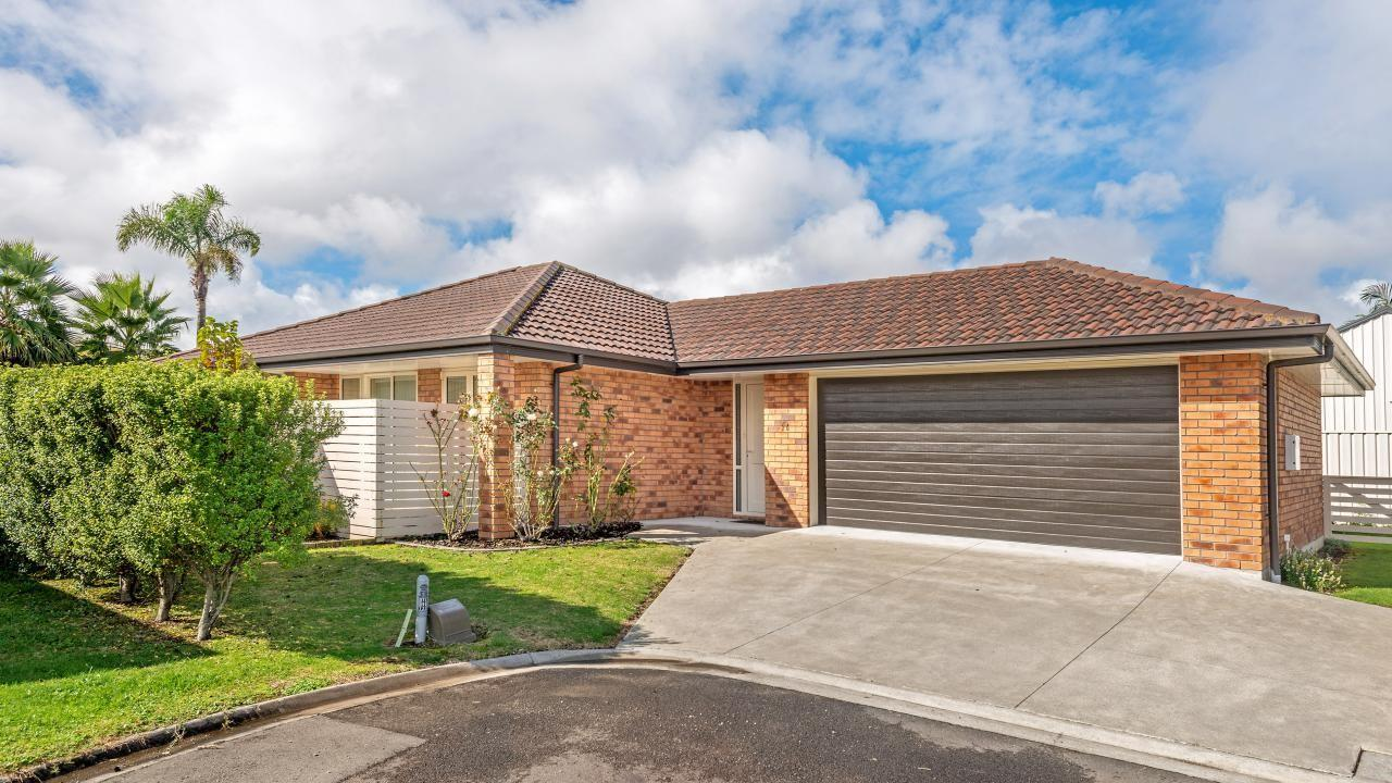 26 Sterling Park, Lytton West