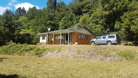 Part 7459 Te Araroa Road, Potaka, Hicks Bay
