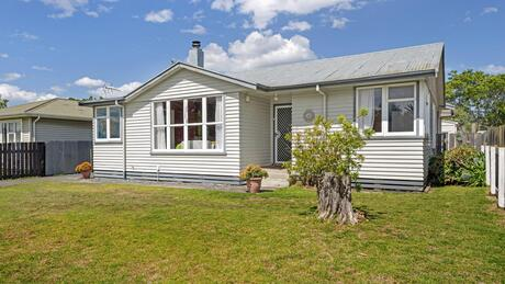 268 Lytton Road, Elgin