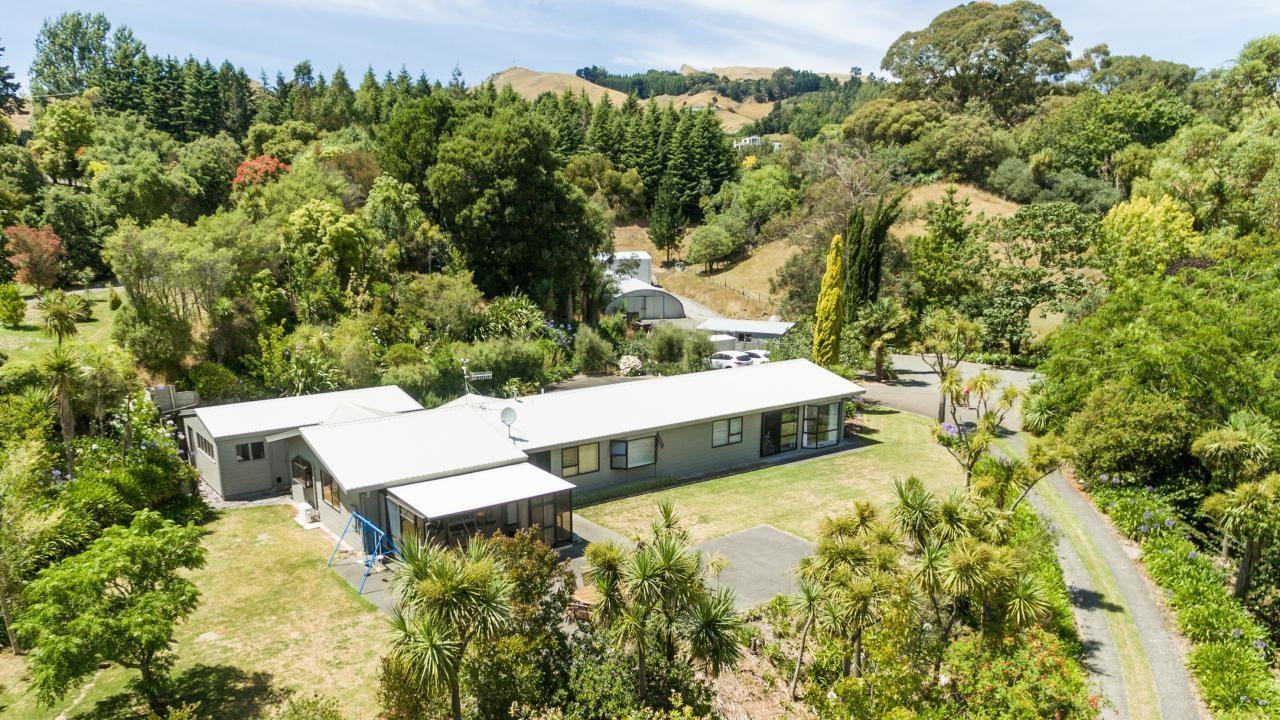 135 Tauroa Road, Havelock North