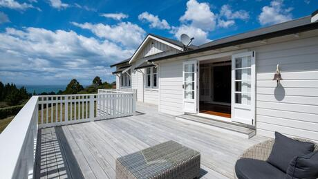 295 Ocean Beach Road, Havelock North