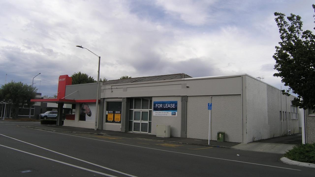 117 Avenue Road East, Hastings