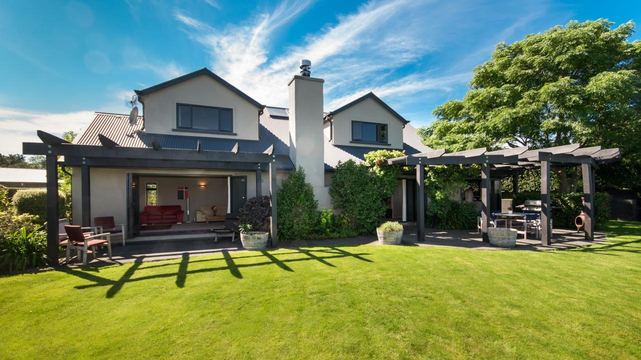 65 Hikanui Drive, Havelock North