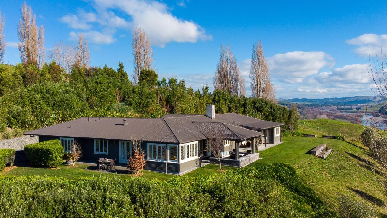 363 Kahuranaki Road, Havelock North