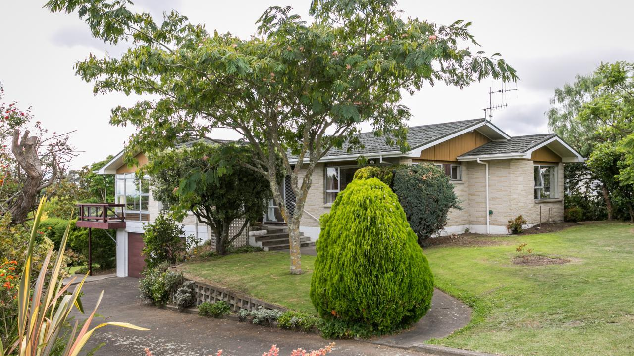 23 Tauroa Road, Havelock North